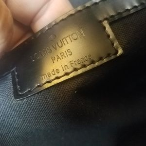 Louis Vuitton Bags - Authentic LOUIS VUITTON BlackDamier Graphite Tadao